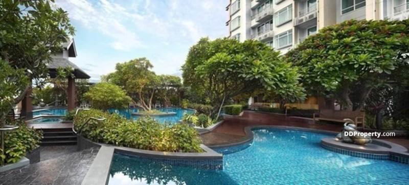Circle Condominium #62038077